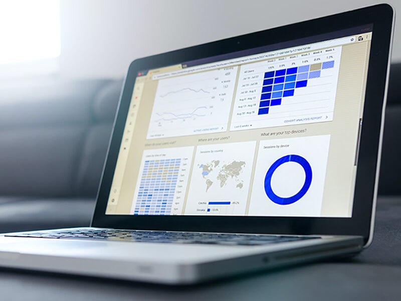 Mindbuzz-featured-image-analytics-laptop